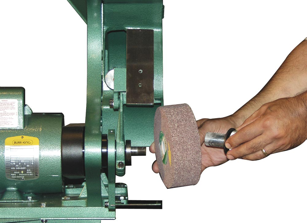 Model 760 accepts nylon, buffing, wire and fiber wheels.